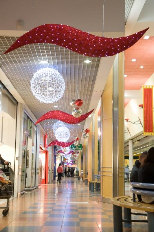 Acheter louer d coration noel centre commercial aix en for Acheter decoration noel